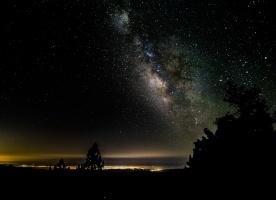 Galaxy-rise over Ventura